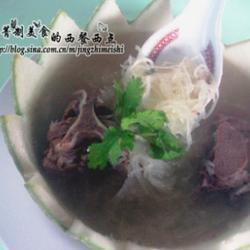 鱼翅瓜猪骨汤的做法[图]