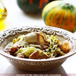 五花肉牡蛎炖酸菜的做法[图]