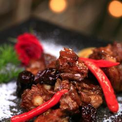 桂圆红枣烧排骨的做法[图]
