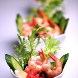 石榴鹌鹑蛋鲜虾沙拉的做法[图]