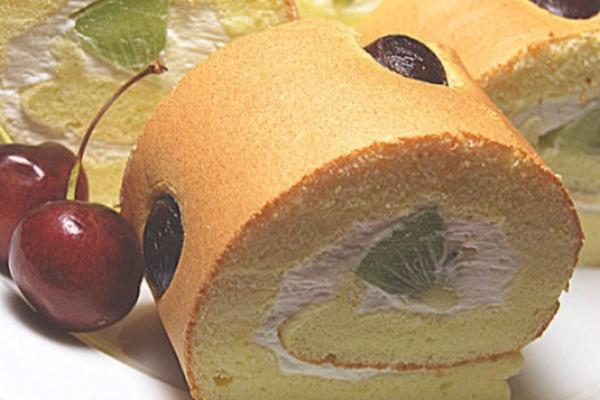 车厘子蛋糕卷
