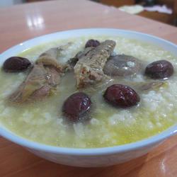 红枣鸽子粥的做法[图]