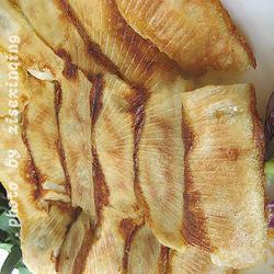 双菇海蛎子锅贴的做法[图]