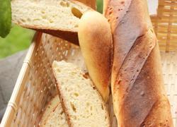 大蒜香菜牛奶面包