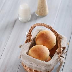 红糖果仁餐包的做法[图]