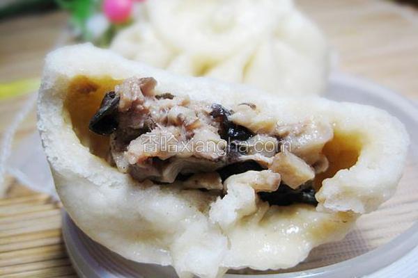 香菇木耳猪肉包子