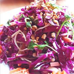 紫甘蓝火腿金针菇杂拌的做法[图]