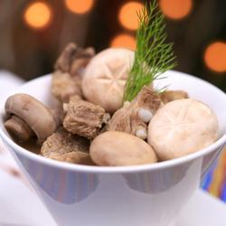 白蘑菇排骨汤的做法[图]