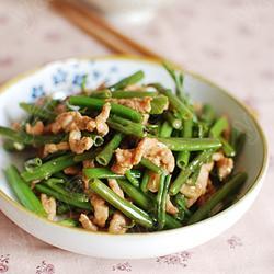 腐乳肉丝炒空心菜梗的做法[图]