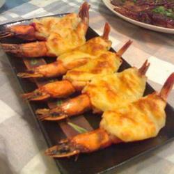 黑胡椒奶酪焗虾的做法[图]