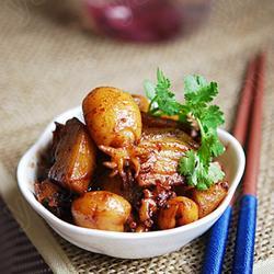 墨鱼五花烧土豆的做法[图]