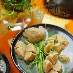 豌豆苗牛丸汤的做法[图]