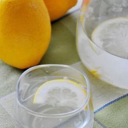 柠檬蜂蜜饮的做法[图]