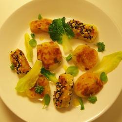 猪油渣意大利土豆疙瘩双色相的做法[图]
