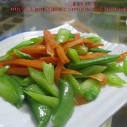 芥兰荷兰豆炒胡萝卜的做法[图]
