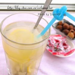 蜂蜜芦荟冰梨汁的做法[图]