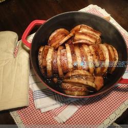 无水芋头焖烧肉的做法[图]