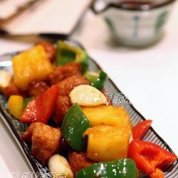 菠萝咕噜肉的做法[图]