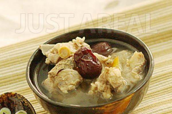 西洋参红枣炖排骨