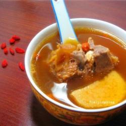 暖身淮杞羊骨汤的做法[图]