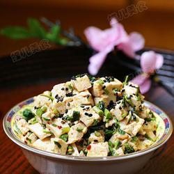 香椿芽拌豆腐