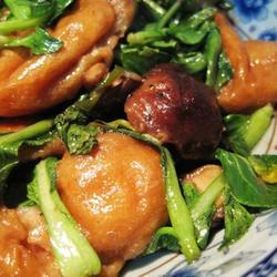 小油菜烩香茹面筋的做法[图]