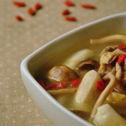 荸荠茶树菇老鸭汤的做法[图]