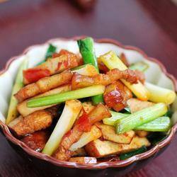 五花肉青蒜炒豆干的做法[图]