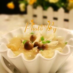 竹荪蟹味菇汤的做法[图]