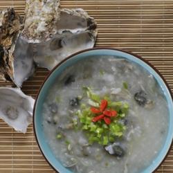 皮蛋瘦肉生蚝粥的做法[图]