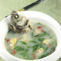 鲫鱼花蛤枸杞叶汤的做法[图]