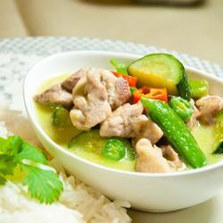 泰式绿咖喱鸡的做法[图]