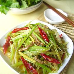 泡椒芹菜牛肉丝的做法[图]