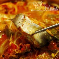 苗家酸汤鱼火锅的做法[图]
