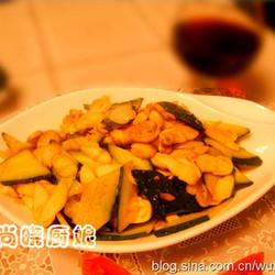 清炒鸡腿菇黄瓜片的做法[图]