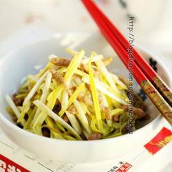 肉丝炒韭黄的做法[图]