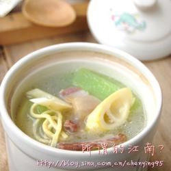 千张咸肉笋片汤的做法[图]
