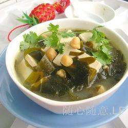 干贝豆腐海带汤的做法[图]