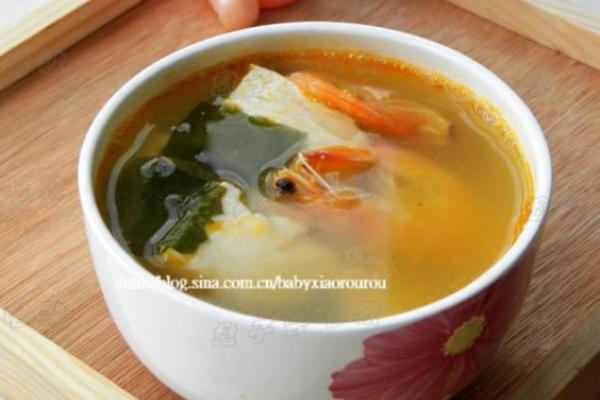 豆腐海藻鲜虾汤