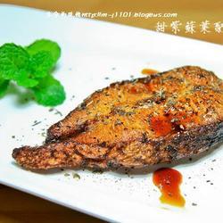 甜紫苏叶配油炸鱼的做法[图]