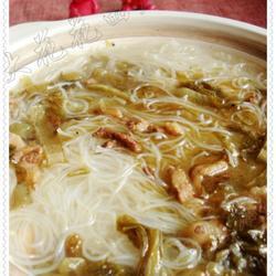 酸菜肉丝米粉汤的做法[图]