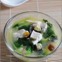 白莧菜豆腐滾雙蛋的做法[圖]