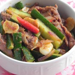 泰式红咖喱炒牛肉的做法[图]