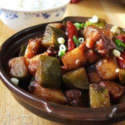 红烧肉炖萝卜的做法[图]
