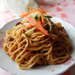 黄豆酱香凉拌面的做法[图]