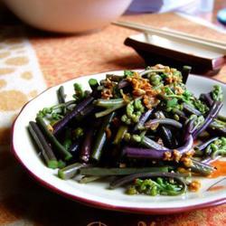 蒜蓉拌蕨菜的做法[图]