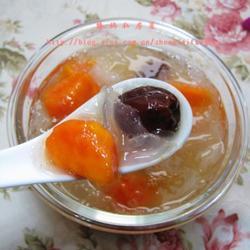 银耳红枣木瓜羹的做法[图]