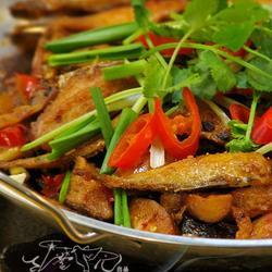 干锅剥皮鱼的做法[图]