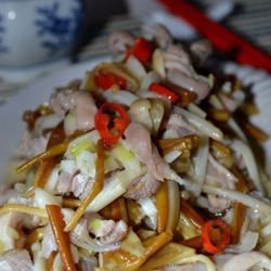 肚丝拌金针菇的做法[图]