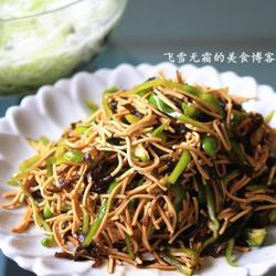 青椒豆腐丝的做法[图]